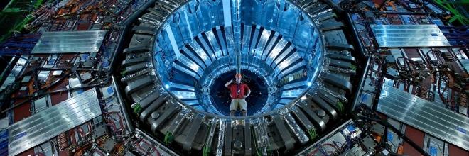 M03 Mouvement de particules chargées dans E et B uniformes et permanents
